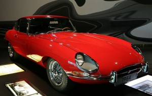 British Sports Cars auf Edle-Oldtimer.de - hier der berühmte Jaguar E-Type