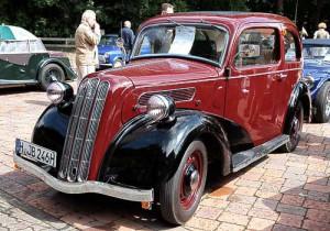 Ford England - 7 W Ten Junior de Luxe Sedan