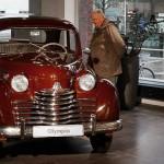 Der Opel Olympia - Baujahr 1952 - im Opel-Forum Rüsselsheim