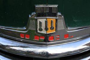 Das Emblem des Opel Olypia - Baujahr 1952