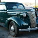 Gut erhaltener Vorkriegs-Chevi eines Autohändlers in Moab, Utah