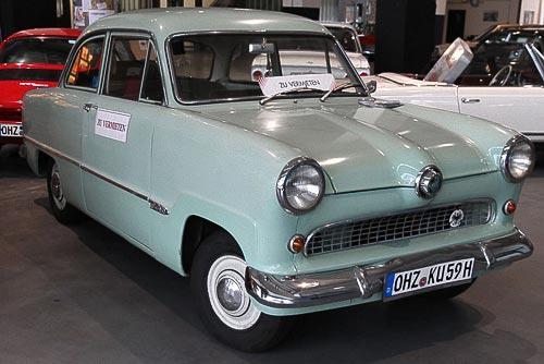 Ford Taunus Weltkugel