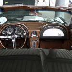 Aufregendes Styling - das Cockpit der Chevrolet Corvette Sting Ray