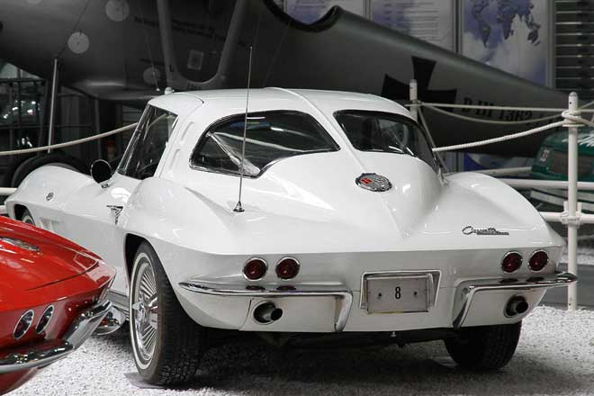 Chevrolet Corvette C 2