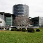 Die Gläserne Manufaktur von Volkswagen in Dresden
