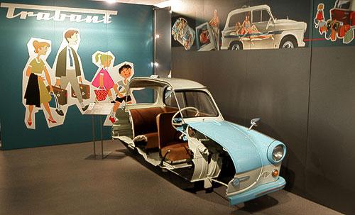 Anschaungsmodell - ein aufgeschnittener Sachsenring Trabant