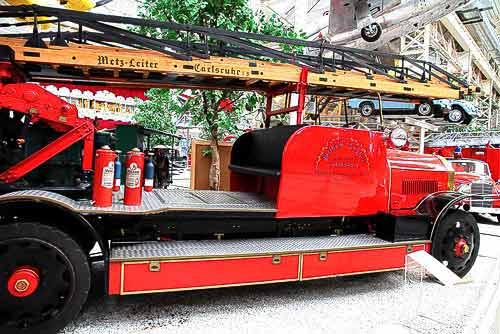 Benz Leiterwagen mit 10,3 Liter-Vierzylinder-Motor - Baujahr 1926