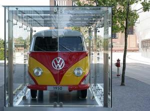Volkswagen T 1 - Baujahr 1950 - in der Autostadt Wolfsburg