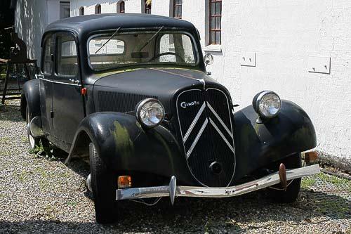 Citroen 11 BL - wartet auf seine Aufarbeitung im Sportwagen-Museum
