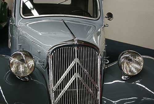 Citroen 11 CV - Baujahr 1938 - ausgestellt in Las Vegas, Nevada.
