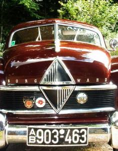 Der berühmte 'Borgward-Nappo' am Kühlergrill