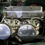 2-Liter-Vierzylinder des Triumph TR 3 mit SU-Vergasern und 100 PS Leistung