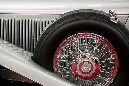 Mehr Motor-klassik geht wohl kaum - Statussymbol der Dreissiger Jahre