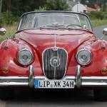 Jaguar XK 150 - vor dem historischen Bahnhof von Barntrup im Lipper Land