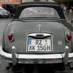 Formschöne Heckansicht Jaguar XK 150 - am Eckernförder Museumshafen