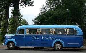 Allwetter-Reise- und Überland-Omnibus Mercedes-Benz O 3500