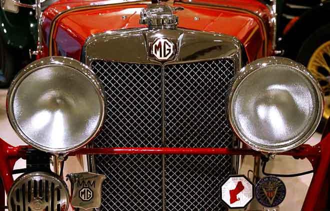 MG J 2