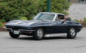chevrolet-corvette-split-window
