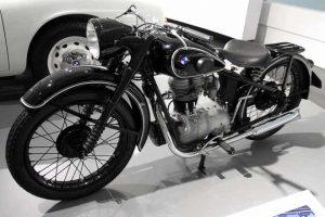 BMW R 24
