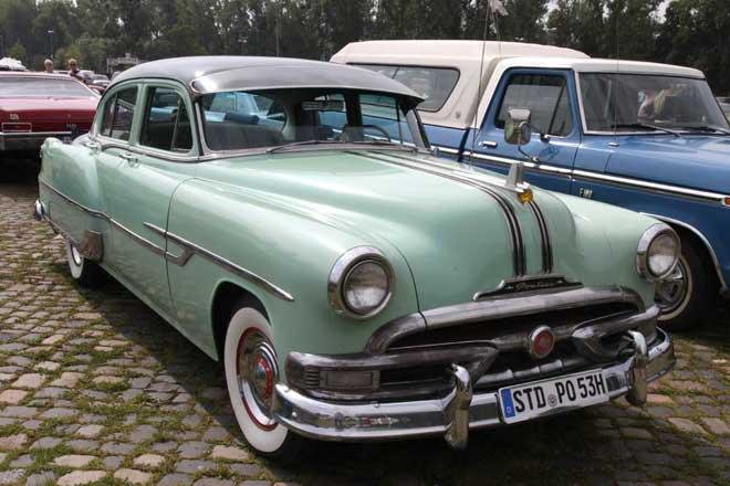 pontiac-silver-streak-1951
