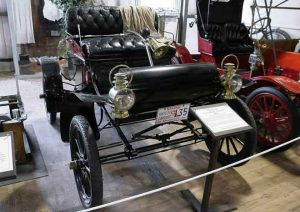 1904-oldsmobile-curved-dash-6c