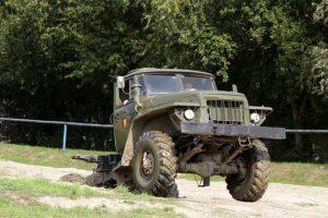 Ural 375 D