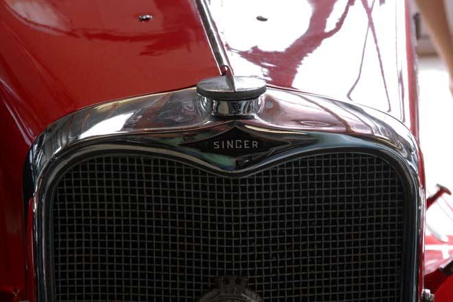 singer-nine